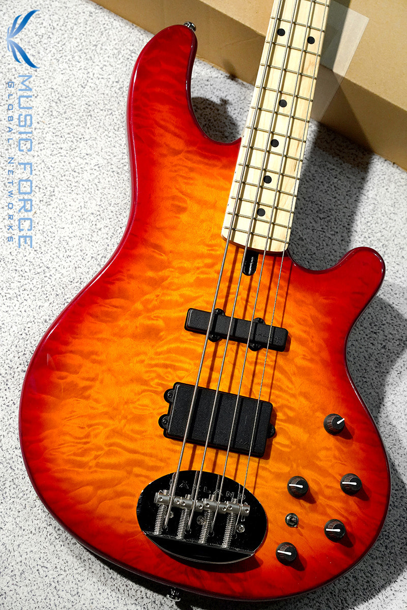 [이월상품창고대방출!!!] Lakland Skyline 44-02 Deluxe QMT-Cherry Sunburst w/Maple FB #2(2015년산/신품)