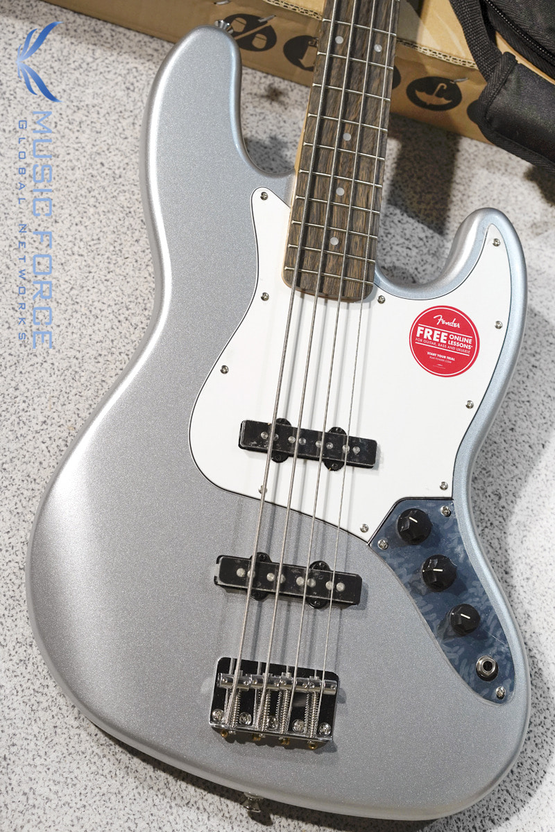 [파이널세일(~12/31까지)] Squier Affinity Jazz Bass-Slick Silver w/Indian Laurel FB (2019년산/신품)